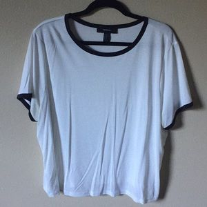 White top with black edges, plus size!
